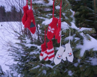 On Sale :) Handknitted Mini mittens Christmas decoration. PDF DOWNLOAD