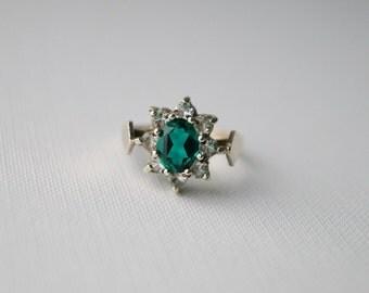 Vintage Gold Plate Sterling Silver Cluster Ring - Vintage Green Stone Cluster Ring - Vintage Ring - Vintage Cluster Ring - size N or 7