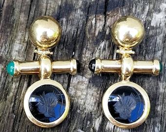 Intaglio earrings, onyx intaglio earrings, vintage intaglio earrings, 14k yellow gold intaglio earrings Italy.