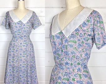 Vintage 1940s Sheer Cotton Leaf Print Day Dress / Novelty Print / Rhinestone Buttons / Floral