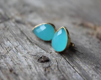 Aqua Chalcedony Teardrop Stud Earrings -Gold