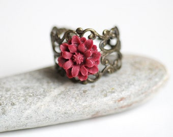 vintage rose ring, red rosebud ring, flower jewellery, flower ring vintage
