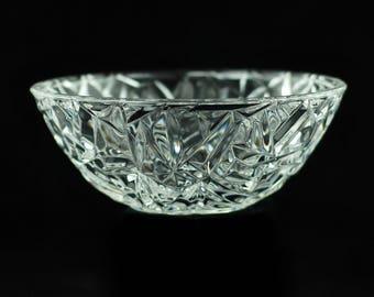 """Vintage Tiffany & Co Rock Cut 6"""" Crystal Bowl"""