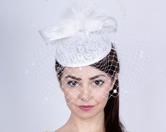 Wedding lace fascinator, Bride's Hat, Romantic wedding headpiece, lace hat, Bridal mini hat, white lace fascinator, Wedding veiled headpiece