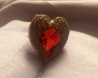 "SALE**Heart Angel Wing Ring with Scarlett Cut ""Stone"" Size 7"