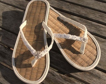 Ladies Straw Wedding Flip Flops with Heart Lace and Sparkles