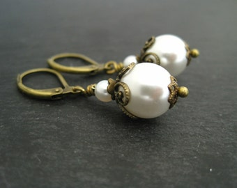 Bridal Earrings Wedding bridal pearl earrings vintage ivory pearl earrings