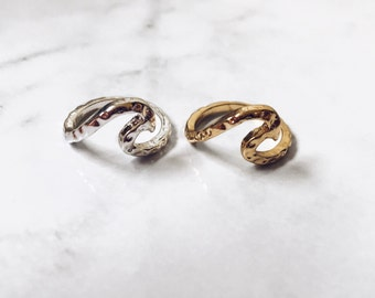 Simple Wave Ring