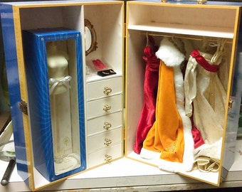 Franklin Mint Faberge Czarina Alexandra Doll Wardrobe Trunk with Unopened Dress Form Two Dresses Shoes Cape & Earrings