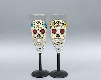 Sugar Skull Wine Glasses, Day of the dead glasses,  Dia De Los Muertos, Calavera Wedding Glasses, Gothic Wedding gift