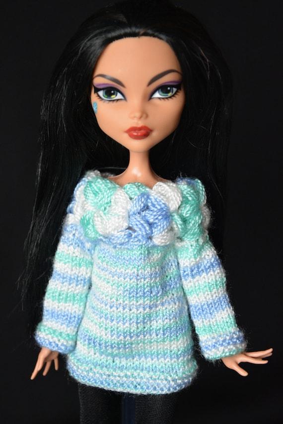 Ropa de muñeca de punto túnica Multicolor. Escala de suéter