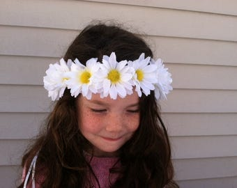 Daisy flower crown, Girls floral crown, Childrens flower crown, Easter outfit, Easter hair accessory, Hippie flower crown, Boho, Bohemian
