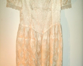 Jessica McClintock, Gunne Sax, Vintage 1980s, White Lace Dress, Bust 32 Inches, 31 Inches