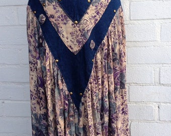 Womens vintage skirt size 12 . Festival outfit