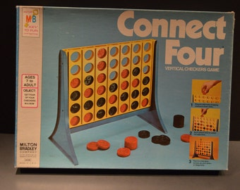 Vintage 1977 Milton Bradley Connect Four Vertical Checkers Game