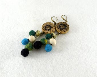 Wooden earrings, wooden rounds with pyrography and little felted wool pearls