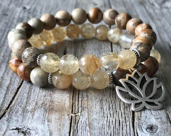 Gemstone bracelet with lotus , stretch stacking bracelet, beaded surf bracelet, bohemian bracelet, Boho woman jewelery, woman gift idea