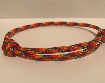 Sliding Knot Paracord Friendship Bracelet