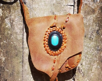 Brown leather bag with turquoise/pocket belt