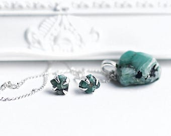 Emerald Silver Stud Earrings &Necklace - Tumbled emerald Sterling silver jewelry - Birthstone May  - Emerald studs 925 silver and necklace