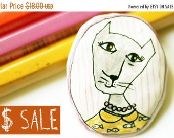 Brooch 7USD SALE Cat brooch Pin cat, Brooches cats, Christmas SALE, Love cats, Papier mache cat brooch, Christmas gift, Cat jewelry