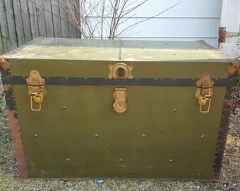 Vintage Military Storage Trunk, Metal Train Luggage Army Green, Flat Top Foot  Locker,