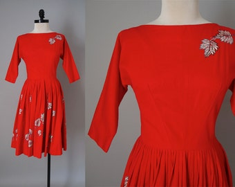 "1950s Vintage Falling Leaves 3/4 Length Sleeves Red Dress / Rockabilly Pinup Formal Event Party Dress / Small 26"" Waist"