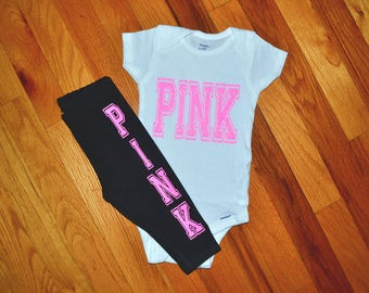 Victoria secret outfit, Victoria secret clothes, Victoria secret leggings, victoria secret shirt, Vic secret pants, Vic secret outfit, pink