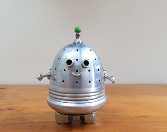 Robot, robot sculpture, assemblage art, robots, assemblage, found object art, found object robot, robot art, desk art, small robot