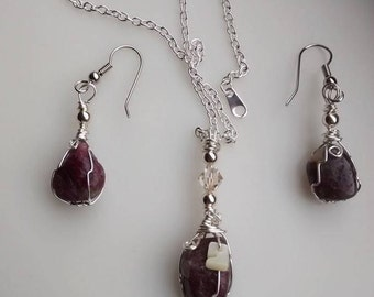 Wire Wrapped Stones to Fill Your Soul