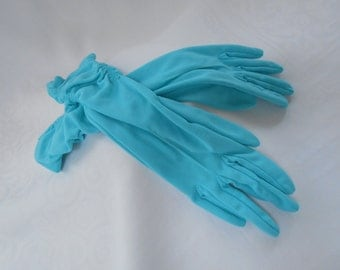 Vintage Dents Nylon Turquoise Gloves Rouched Sides Size 6 1/2 1960's  #20068