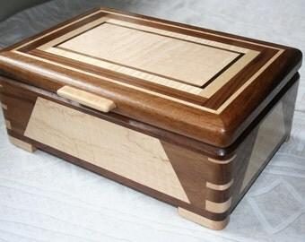 Wood Jewelry Box, Wooden Jewelry Box, Keepsake box, Jewelry Storage box, 5RDW