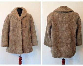 Beige Sheep Fur Coat, sheep skin coat, German Fur Coat, fur wool sheep 70s, Pelt sheep coat, Furring Sheepskin coat, Pelage sheep, M/L