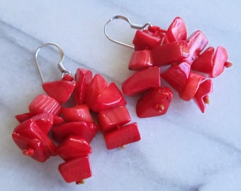 Vintage Red Coral 925 Sterling Earrings, Chunky Red Coral Sterling Earrings, 3 Strands Dangle Pierced Earrings, Red Coral Jewelry, 1980s'