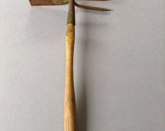 Vintage Garden Hand Tool,  FREE SHIPPING, Gift wrapped, Hand Rake