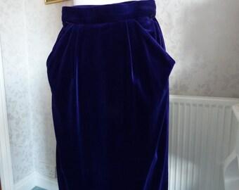 Stunning colour! 1990s purple velvet pencil skirt Jenni Barnes W28