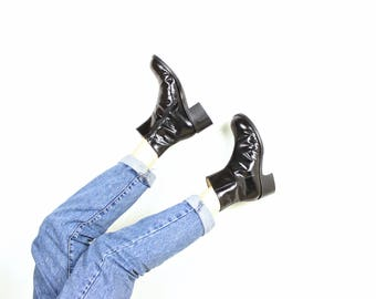 French Vintage 1990s Patent Leather Chunky Heel Ankle Boots / 90's Chelsea Zipper Block Heel MINT Minimal Shoes / Size 8 EU 39 40