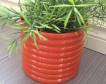 Planter vintage plastic orange