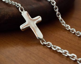 Simple Sideways Small Cross Woman Chain Necklace, Gift for Baptism/Holy Communion/Confirmation/Wedding, Side Cross Chain, Cross Necklace