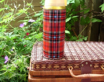 Vintage thermos, tartan thermos, Thermos Made in China, vintage coffee/tea flask, picnic thermos, picnic flask