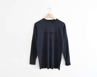 LE BOSS THERMAL || size mens medium || 90s || black || long sleeve shirt || brand || outdoors || warm || simple || classic || vintage!