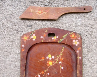 Vintage Tray Vintage Crumb Sweeper Tray Silent Butler Wood Blossoms Flowers Made In Japan Crumb Catcher Shabby Chic Cottage Farm House Style