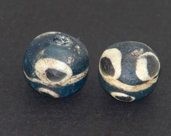 is6- Ancient islamic eyes beads