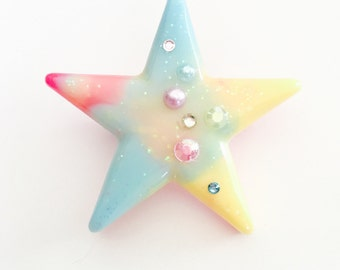 Twinkle Star Brooch