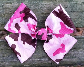 Pink Camo Hair Bow (3.5 inch)