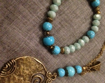 Adornment * magician *, spiral, earth mother, turquoise howlite, gift, long necklace, bracelet