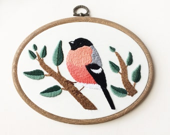 "Bullfinch Bird 5.2x7"" Embroidery Hoop Wall Art"