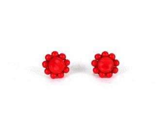 Vintage Red Cluster Glass Beads Beaded Screw Back Earrings