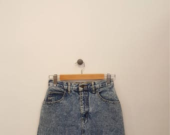 Vintage 80s Guess Jeans Stone Wash Denim Skirt, Size 28