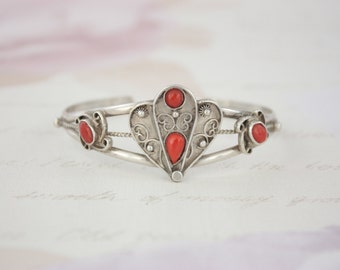 Vintage Silver And Coral Bangle - 60s Coral Bangle - Silver Handcrafted Bangle - Vintage Ethnic Bracelet - Silver Tribal Bangle